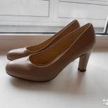Продам новые туфли на каблуке(8 см) бежевого цвета, Архангельск