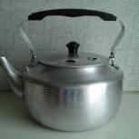 Чайник 2,5 л, кружка 0,5 л, алюминевые б/у + пластиковые-2 чашки и, Архангельск