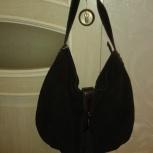 Продам новую, темно-коричневую, замшевую сумку фирмы DAVID JONES, Архангельск